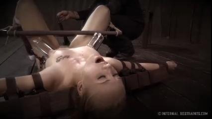 Doreen tracy nude