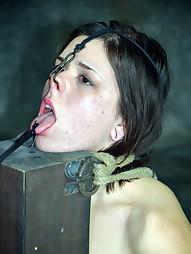 Cumming on Juliette March