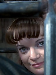 Elise Graves In Lockdown, pic #7