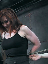 Catherine Begs For More, pic #5