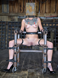 Juliette Black Gets Boxed, pic #11