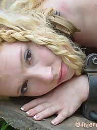 Nicki Loses Her Dignity, pic #4
