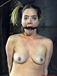Star Starts Cumming Uncontrollably, pic #9