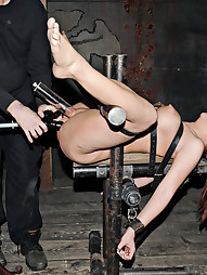 Slutty Sarah Serving PD, pic #3