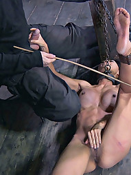 Tia Pays in Pain, pic #8