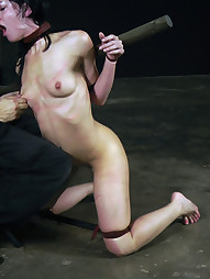 Elise Uses Her Mouth, pic #4