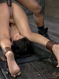 Penny Barber taken down a peg and face fucked, pic #15