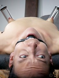 Elise Graves Takes On 10 Inches, pic #1
