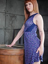 Redheaded bend over a barrel, pic #5